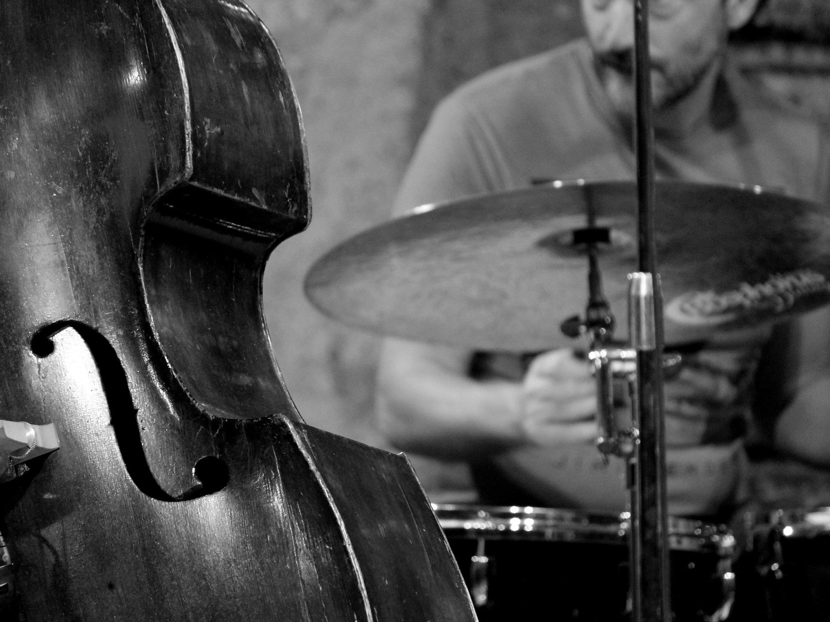 xvlecie_jazz_w_podziemiach_kamedulskich_front